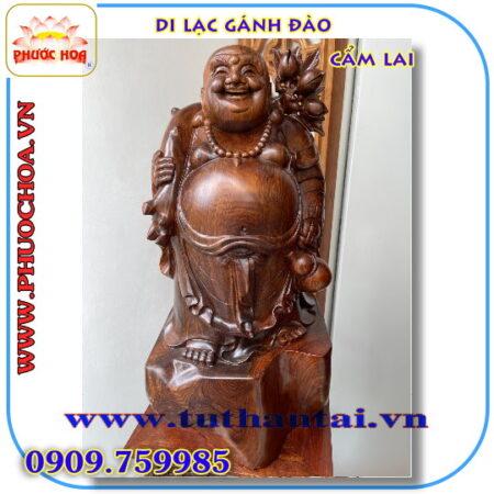 Tượng Phật Di Lạc gánh Đào