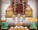 Một bộ bàn thờ Ông Địa Thần Tài thông thường bao gồm những gì và cách bài trí như thế nào?